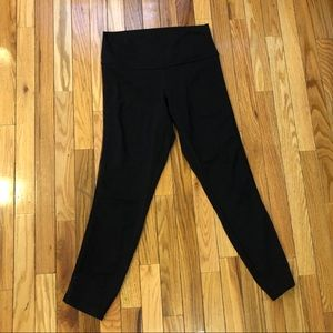 Lululemon size 8 mid rise leggings